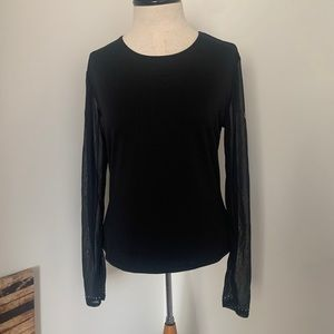 MKM Designs Large Long-sleeve Top